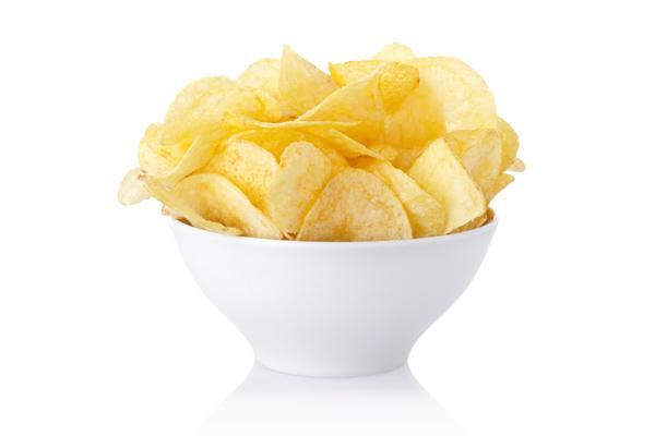 Картофельные чипсы в ассортименте