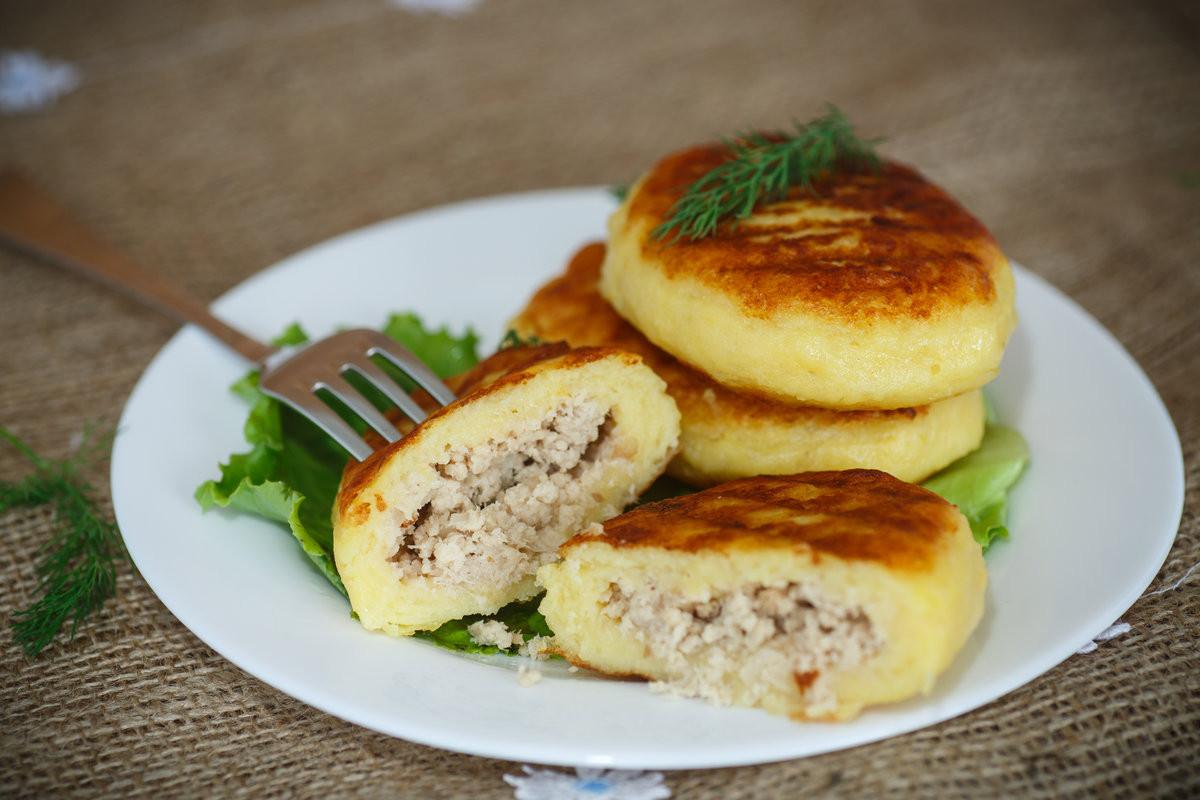 Картопляники с грибами и сыром